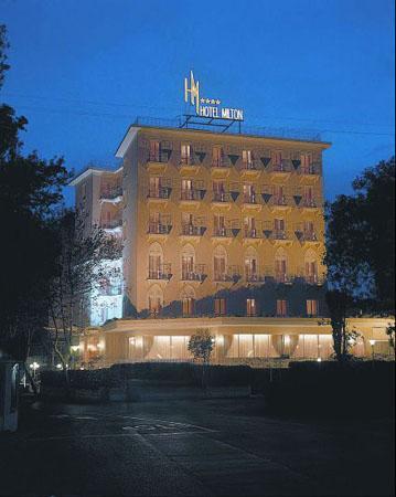 Hotel milton rimini отели отели италии римини
